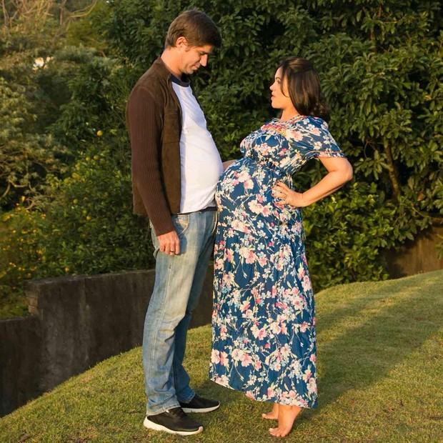 Suzana Alves posa com o marido (Foto: Reprodução / Instagram)