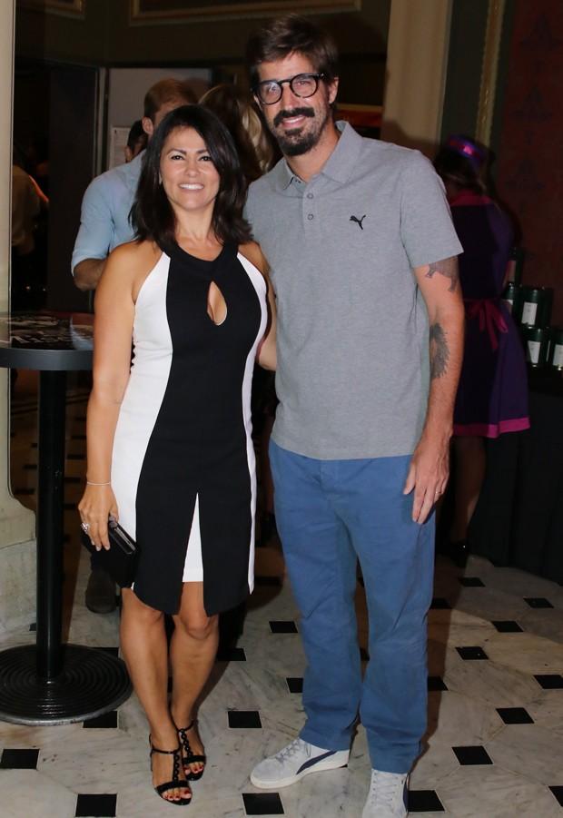 Suzana Alves e Flávio Saretta (Foto: Thiago Duran/AgNews)