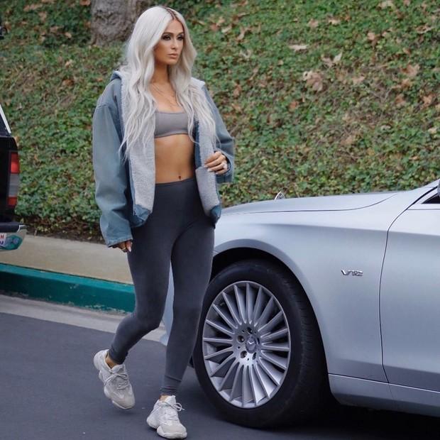 Paris Hilton na campanha da Yeezy Season 6 (Foto: Reprodução/Instagra,)