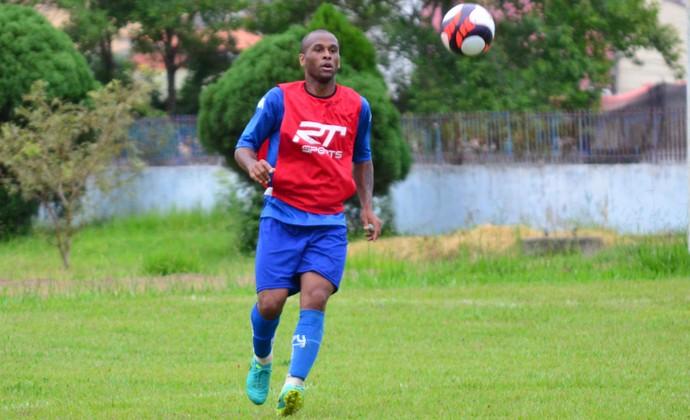 Michael São José dos Campos FC (Foto: Danilo Sardinha/GloboEsporte.com)
