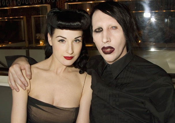 Dita Von Teese e Marilyn Manson (Foto: Getty Images)