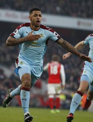 Arsenal x Burnley gol Gray (Foto: Reuters)