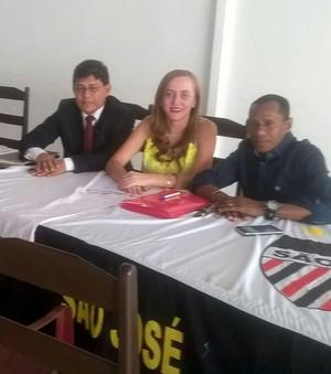 Vicente Cruz, ao lado da vice-presidente, Soraya Bitencourt e o presidente Josiel Lima; São José; Amapá (Foto: Soraya Bitencourt)