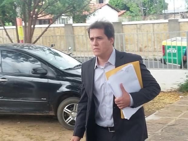 Delegado Laércio Evangelista falou sobre o resultado dos exames de DNA (Foto: Ellyo Teixeira/G1)
