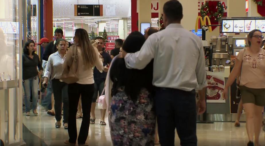 Shoppings e feiras do DF têm horário estendido para o fim de ano