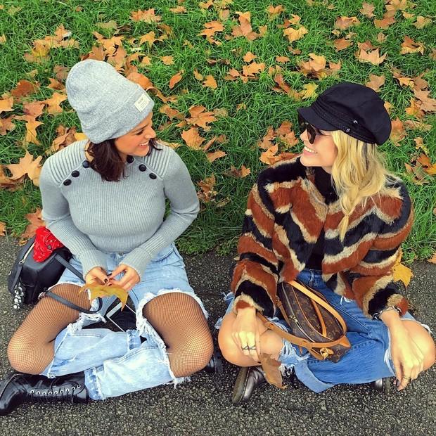 Bruna Marquezine e Júlia Faria (Foto: Reprodução/Instagram)