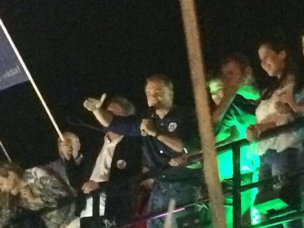 Gean Loureiro (PMDB) comemora vitória em Florianópolis (Foto: Mariana de Ávila/G1)