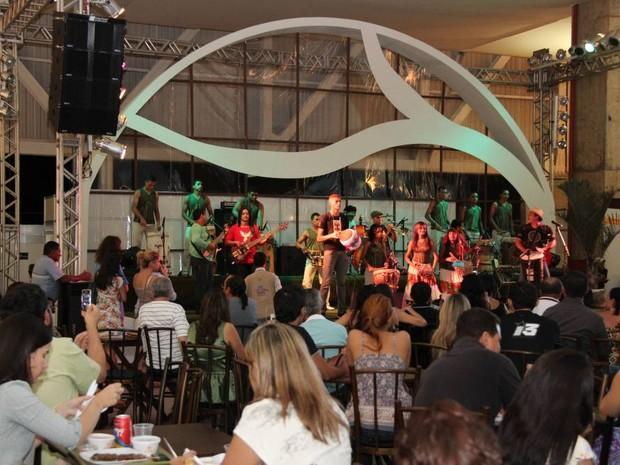 Atrações regionais sobem ao palco da 11ºª Fecoarte (Foto: Adilvan Nogueira)