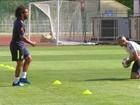 Marcelo vai a campo em treino, mas ainda é dúvida no jogo desta segunda