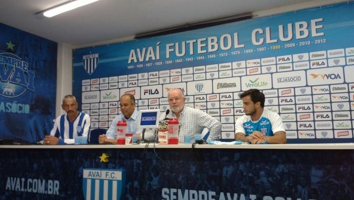 joão paulo avaí (Foto: Marcelo Siqueira / RBSTV)