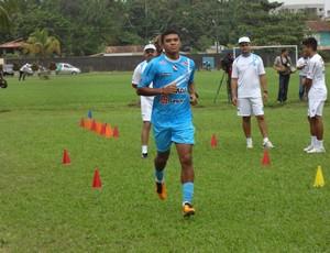 Zagueiro Thiago Costa diz estar recuperado de lesão (Foto: Gustavo Pêna)