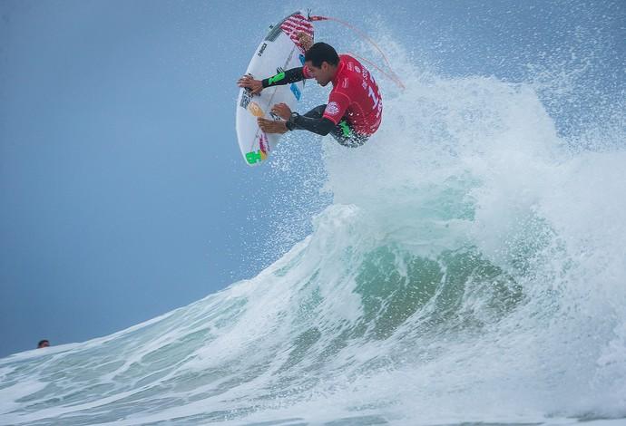 Mineirinho Mundial de Surfe Etapa de Peniche (Foto: Damien Poullenot / WSL)