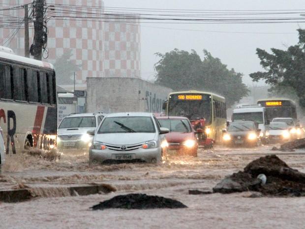 Capital maranhense também está na zona de alerta pela chuva intensa nesta segunda-feira (9) (Foto: De Jesus/O Estado/Arquivo)