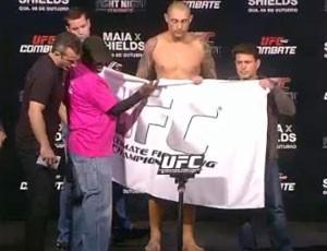 Thiago Silva pesagem UFC (Foto: Reprodução / SporTV)