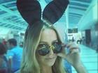 Luana Piovani posa a caminho de coletiva da 'Playboy': 'Segura, papai'