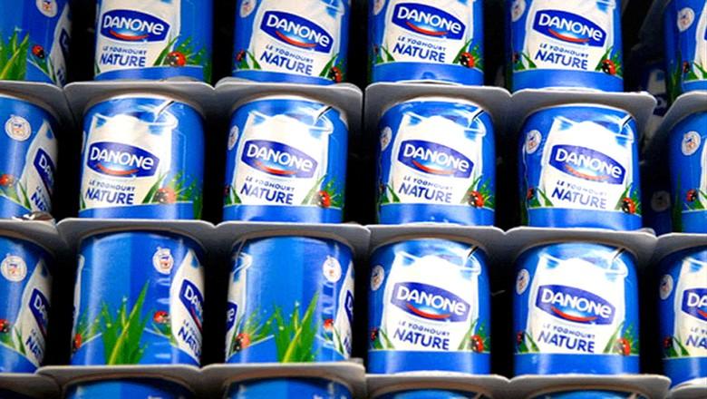 Produtos da Danone em prateleira de supermercado (Foto: Reprodução/Facebook)