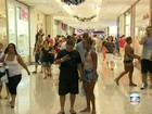 Carioca aposta em 'lembrancinha' no Natal de vacas magras devido à crise