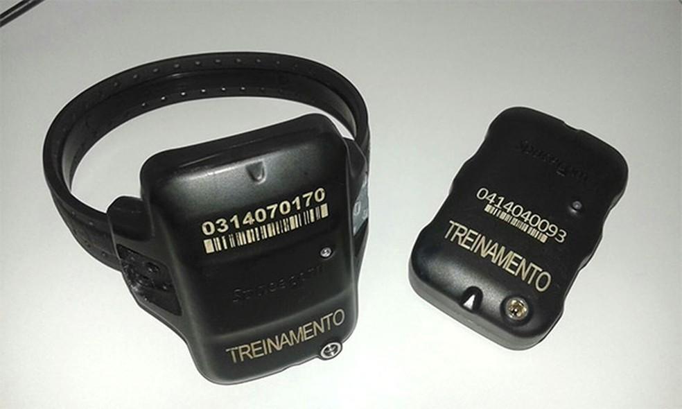 Tornozeleiras possuem GPS para determinar a localização dos apenados (Foto: Divulgação/Sejuc)