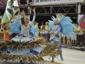 Desfile da Piedade (Foto: Naiara Arpini/ G1)
