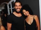 Sheron Menezzes e Cris Vianna se divertem com os namorados no Rio