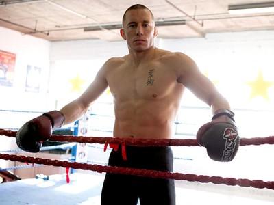 Georges St-Pierre treino MMA (Foto: Reprodução / Twitter)