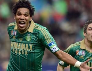 Brandão gol Saint-Etienne contra Rennes (Foto: AFP)