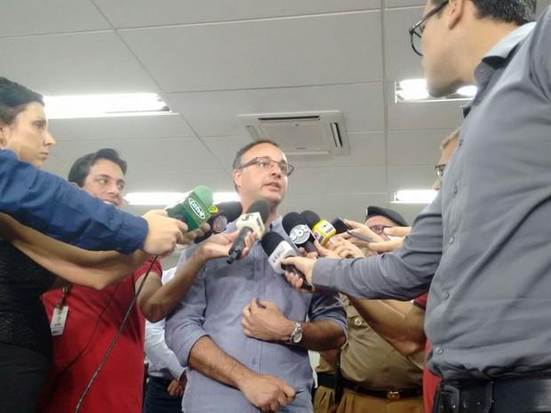 Secretário de Segurança do Paraná anunciou força-tarefa para reestabelecer índice de criminalidade em Londrina (Foto: Luciane Cordeiro/ RPC)