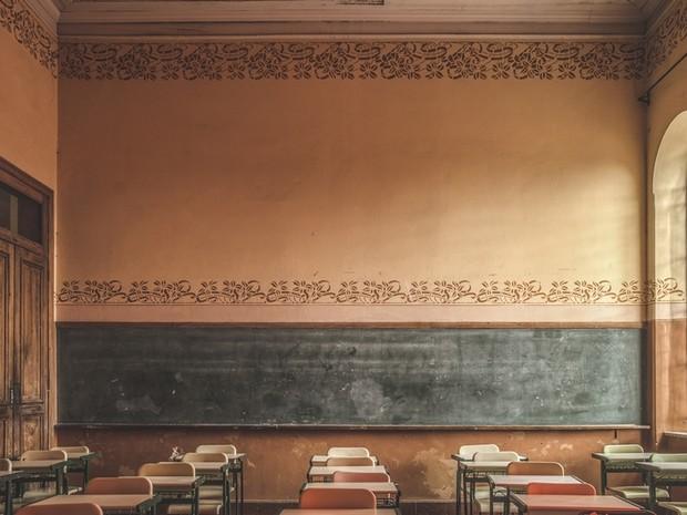 Detalhes da pintura nas paredes da sala de aula chamam atenção (Foto: Arquivo Pessoal/ Gustavo de Moraes)