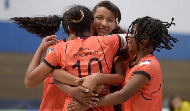 Equipe pernambucana futsal Jogos Escolares Londrina (Foto: Alexandre Loureiro/Inovafoto/COB)