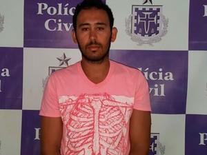 Tiago foi preso em casa nesta quarta-feira (10) (Foto: Divulgação / Polícia Civil)