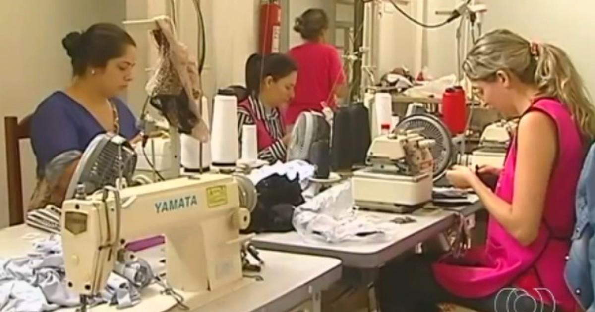 5d9513442 G1 - Confecções de lingerie fazem feiras para reduzir estoque
