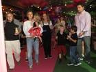 Ju Paes e mais famosos vão ao aniversário da filha de Huck e Angélica
