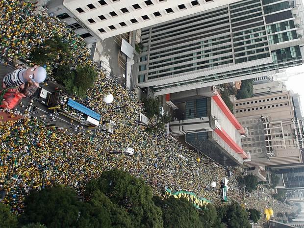 Protesto contra Dilma na Avenida Paulista (Foto: Miguel Schincariol/AFP)