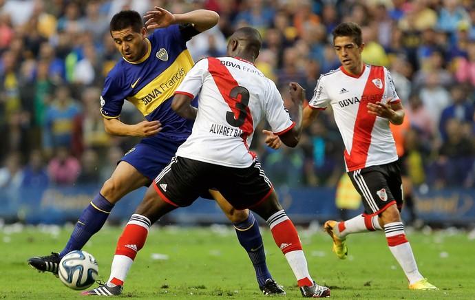 Riquelme, Boca Juniors x River Plate (Foto: AP)