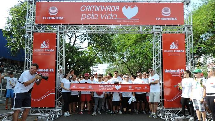 Caminhada pela Vida largada (Foto: Kawanny Barros / GloboEsporte.com)