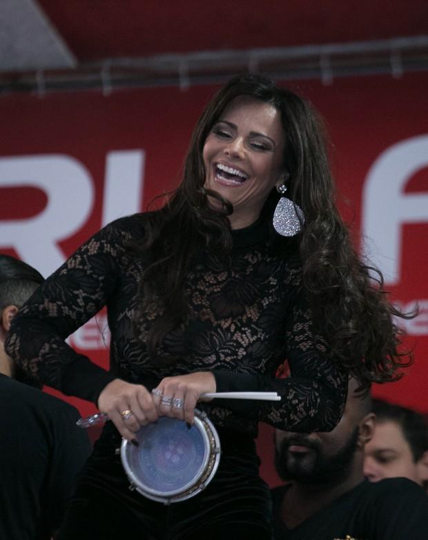 Viviane Araujo (Foto: Alex Nunes/Divulgação)