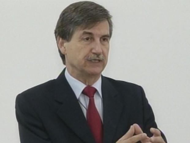 Fausto Longo tem cidadanias brasileira e italiana e é o primeiro brasileiro que mora no Brasil a ocupar uma das 320 cadeiras do parlamento da Itália. (Foto: Reprodução/TV Tem)