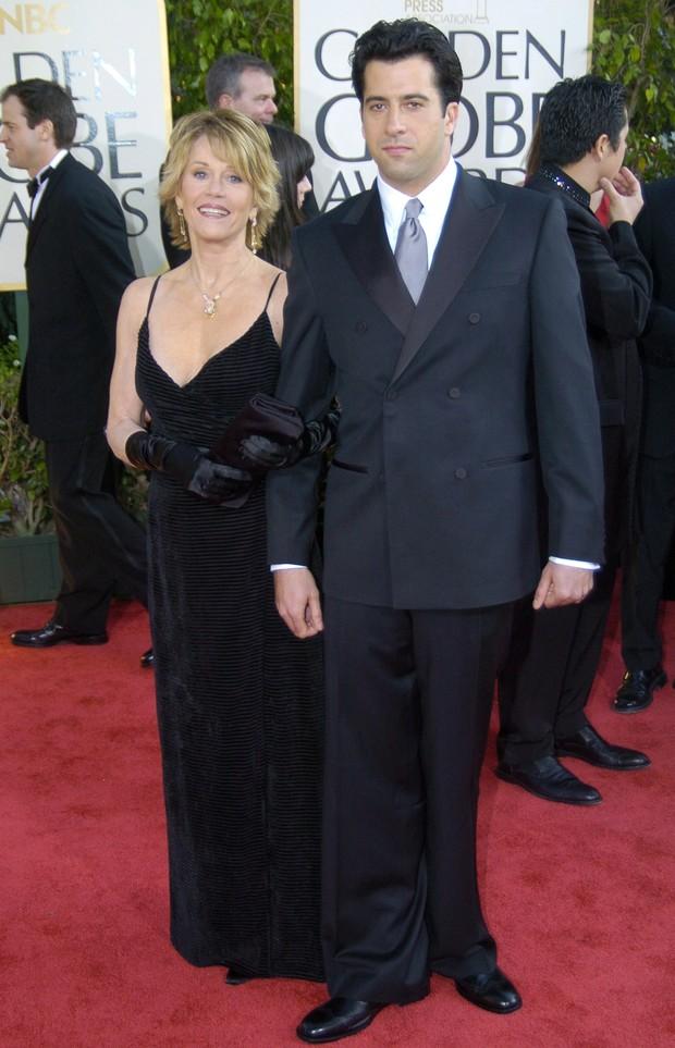 Luvas no Globo de Ouro - Jane Fonda em 2004 (Foto: Getty Images)