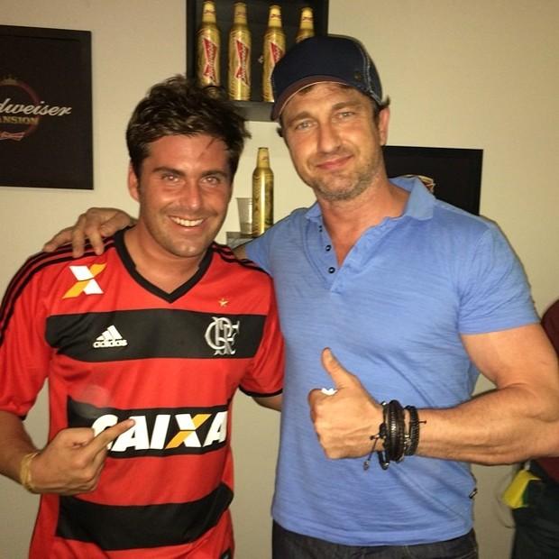 Thiago Gagliasso e Gerard Butler em festa em Belo Horizonte, Minas Gerais (Foto: Instagram/ Reprodução)