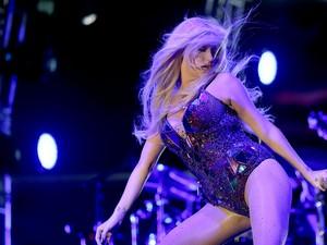 Público do Planeta se anima com pop de Kesha (Foto: Jefferson Bernardes/Agência Preview)