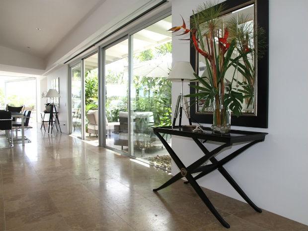 Profissional orienta usar plantas que não ultrapassem de 1,5 metro na sala (Foto: Divulgação/Pixabay)