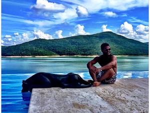 Eduardo Costa em Escarpas do Lago (Foto: Reprodução/Instagram)