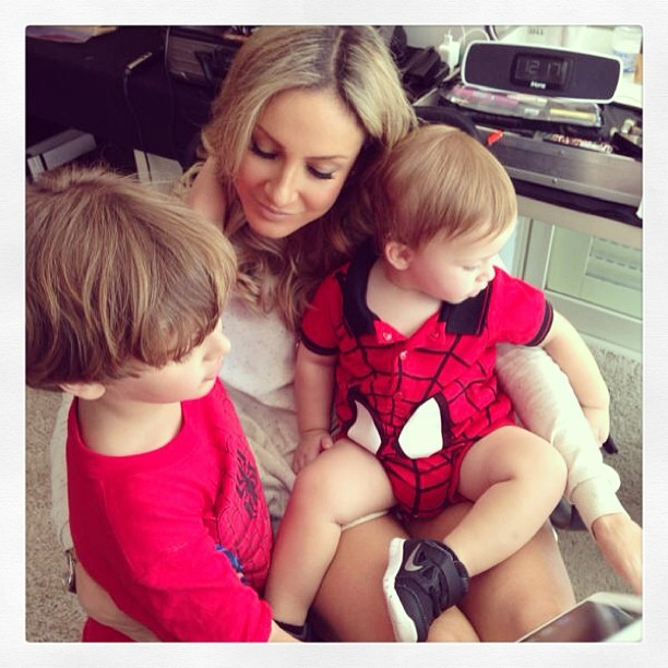 EGO - Claudia Leitte registra chamego com os filhos: 'Eu e ...