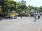 Manifestantes fazem ato contra a Dilma Rousseff em Montes Claros