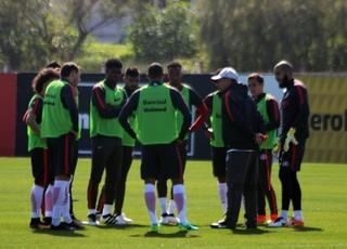 Celso Roth treino do Inter (Foto: Eduardo Deconto/GloboEsporte.com)