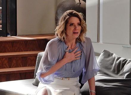 Soraya recebe notícia que a deixa em estado de choque