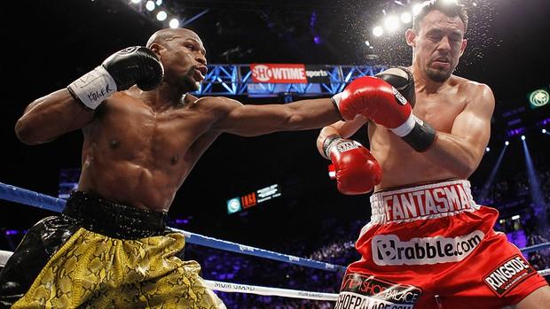 Floyd Mayweather luta boxe Guerrero (Foto: Reuters)