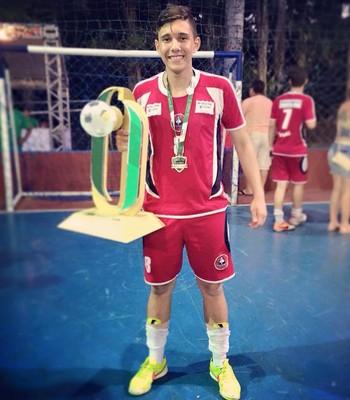 Aos 17 anos, Ytalo Araújo é esperança de gols no time do Taguatinga para o Candangão (Foto: Reprodução / Facebook)