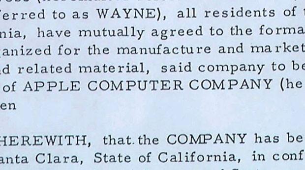 A habilidade de Wayne de escrever em jargão jurídico impressionou Wozniak (Foto: BBC)