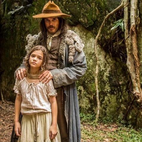 Mel Maia e Dalton Vigh em Liberdade, liberdade (Foto: João Cotta/ TV Globo)
